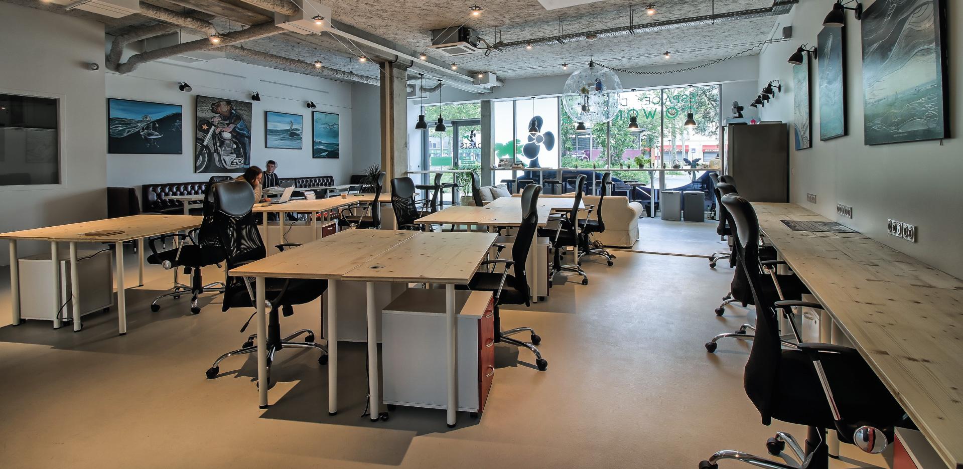 Open space et bureaux dédiés coworking